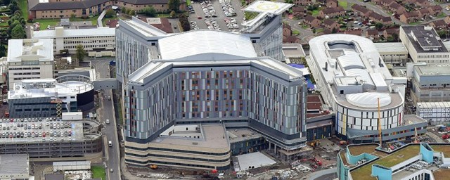 Queen Elizabeth University Hospital - Wikipedia